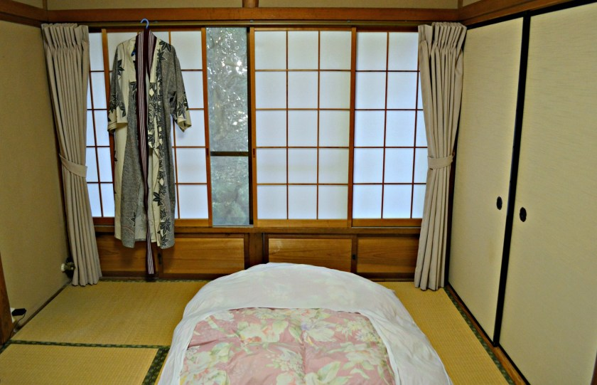 traditional Japanese hotel with onsen, Japan, Ktoto, Mnt Fuji