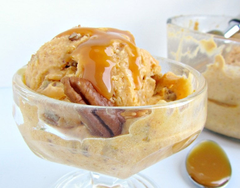 Pumpkin Ice Cream | A baJillian Recipes
