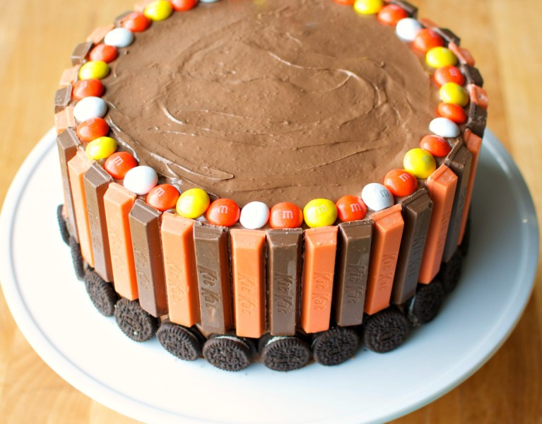 Kit Kat Cake | A baJillian Recipes