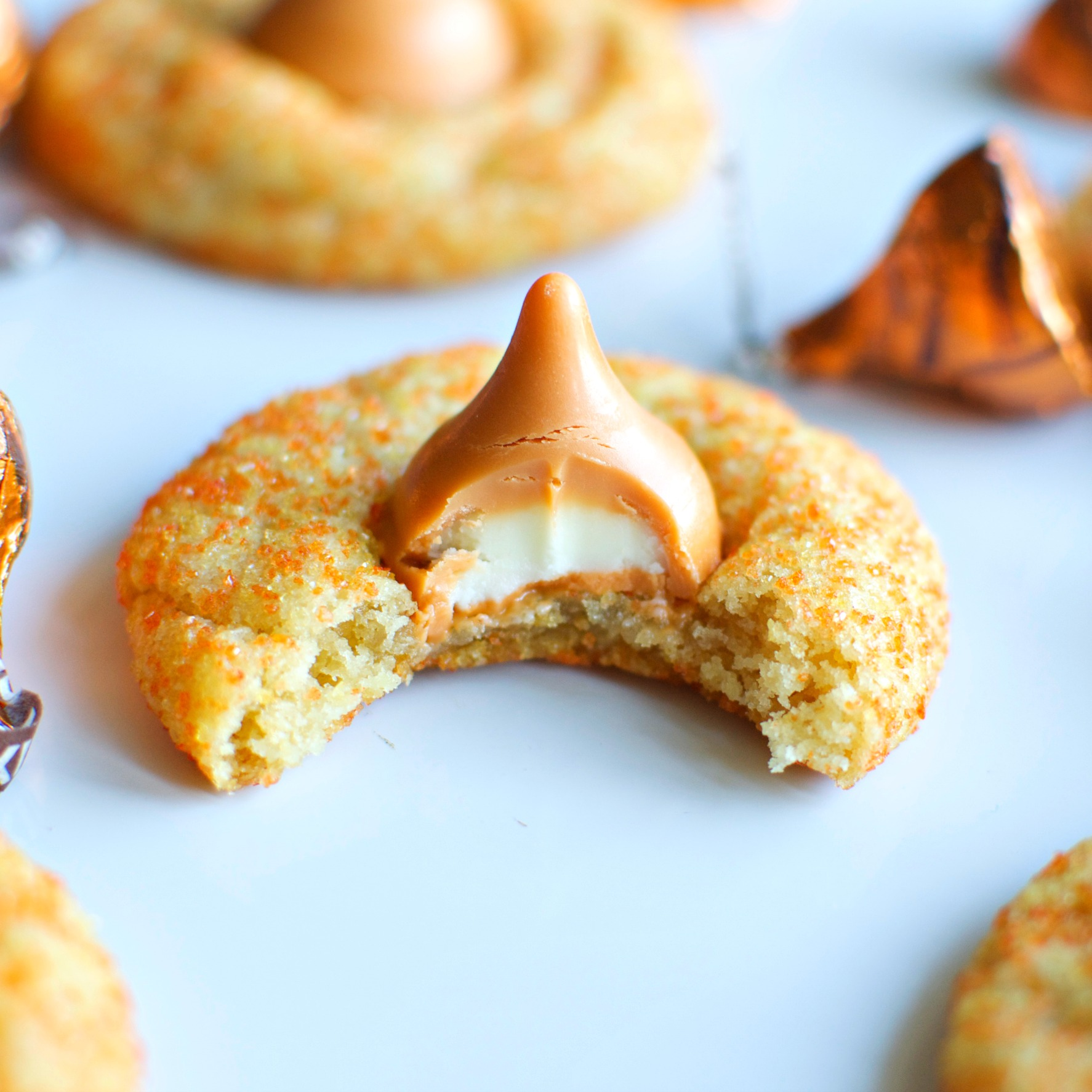 White Chocolate Pumpkin Spice Blossoms - A baJillian Recipes