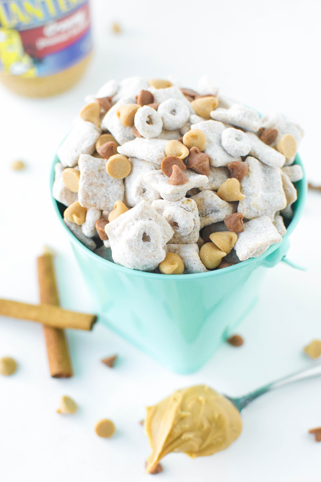 Peanut Butter Snickerdoodle Puppy Chow | A baJillian Recipes