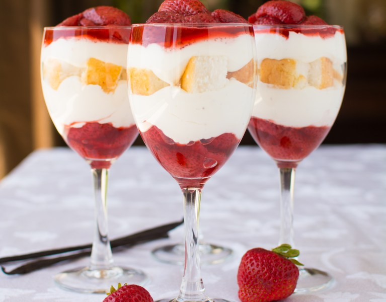 roasted-strawberry-shortcake-parfaits-abajillianrecipes.com