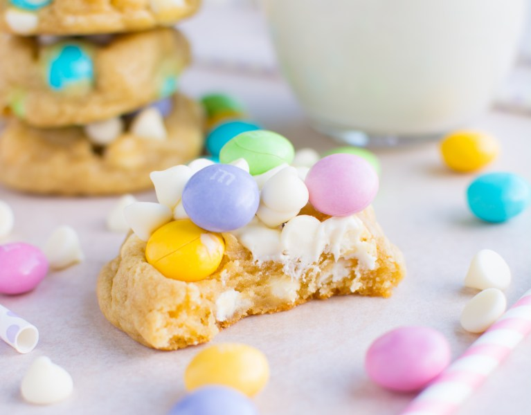 These forever soft and chewy cookies are loaded with a triple dose of white chocolate--white chocolate M&M's, white chocolate chips, and white chocolate pudding!