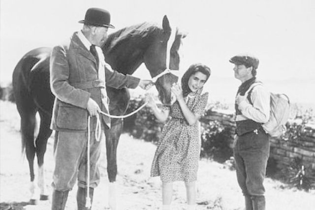 Elizabeth Taylor and horse in National Velvet