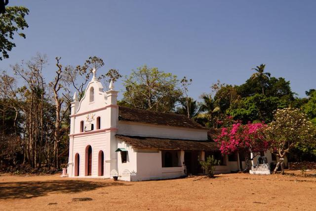 church-in-cabo-de-rama-fort-4230_5682906_m