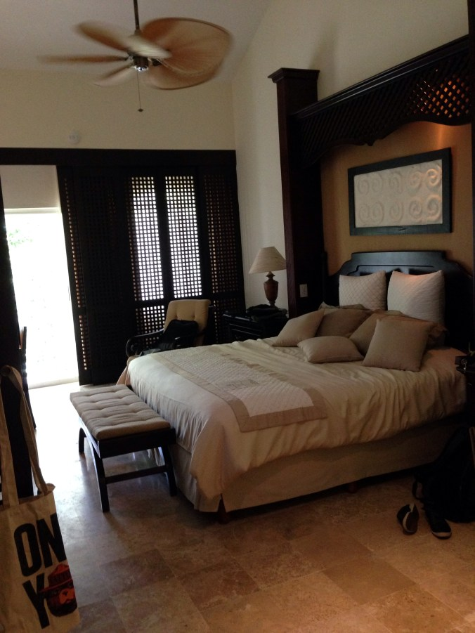 royal hideaway playacar room