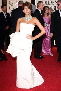 Eva Mendes en la alfombra roja de los Golden Globes 2009