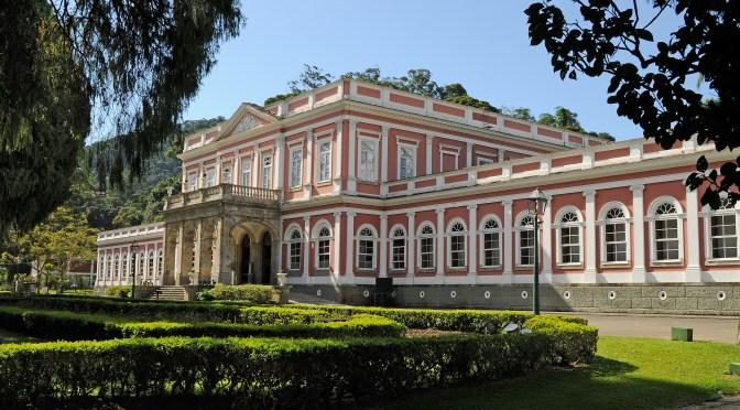 Patrimônios e riquezas de Petrópolis vão virar publicação multimídia