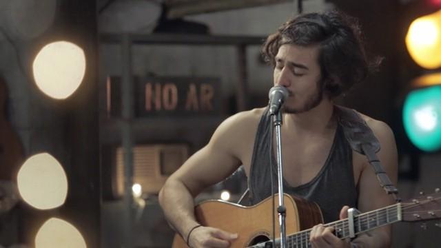 Tiago Iorc faz show de sua turnê 'Troco Likes' em Petrópolis