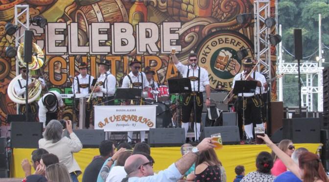 Oktoberfest Imperial está lotando Parque de Itaipava neste feridão