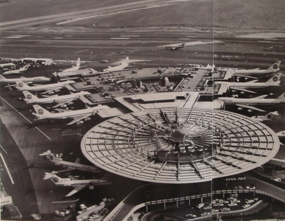 1980s Worldport from above blk&wht