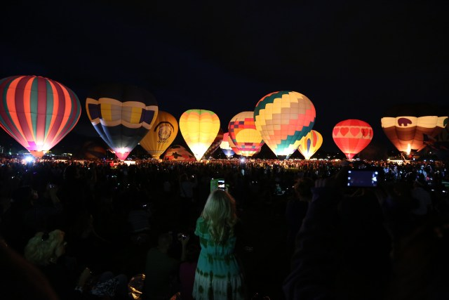 Colorado Springs Balloon Glow