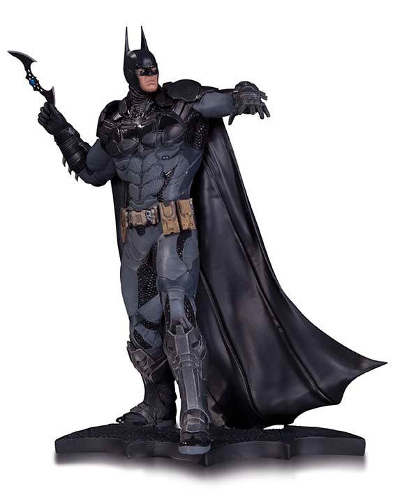 DCCBM_AK_Batman_Statue