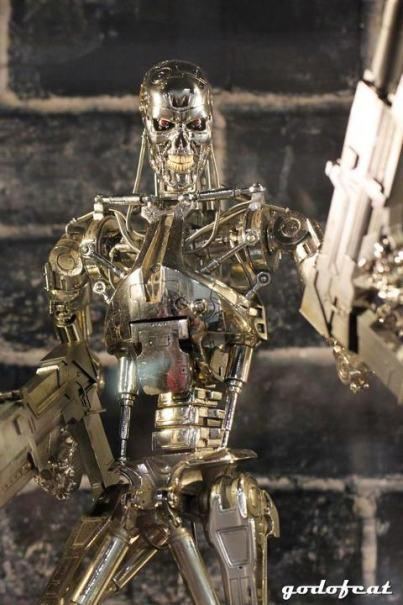 Ani-Com Hot Toys Quarter Scale Terminator