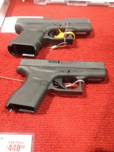A side by side of the of the Glock 42 and 26.