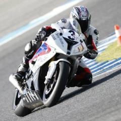 Rodando en el circuito de Jerez, donde habitualmente uso snacks low-carb entre cada tanda de entrenamiento
