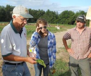 Cornell farmer education (Amy Ivy Photo)