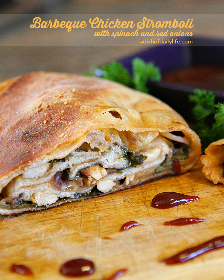 This barbeque chicken stromboli with spinach and red onions is perfect for your game day menu #PartywithBigY #Ad