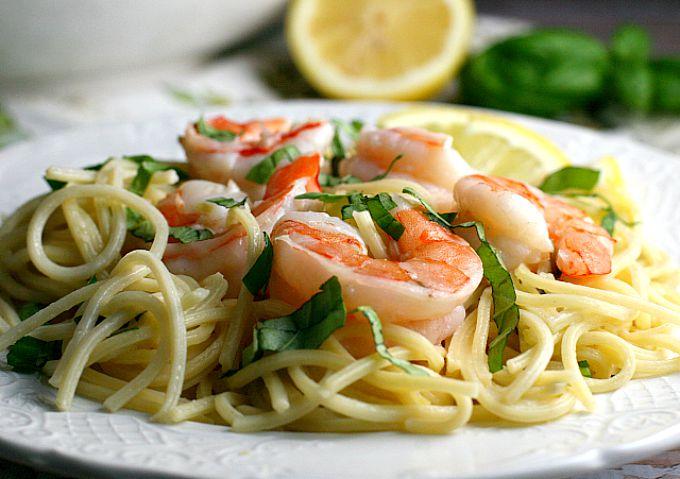 One Pot Creamy Lemon Shrimp Pasta...15 minutes delicious dinner recipe!