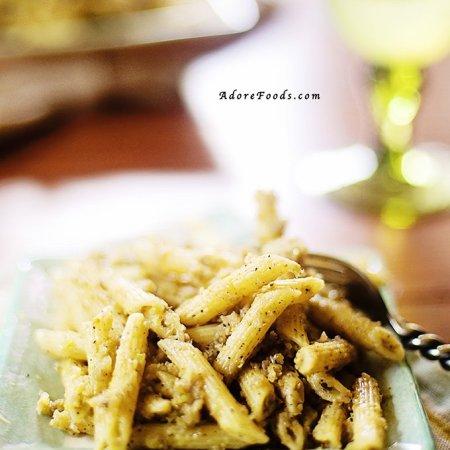 Hungarian Pasta and Cabbage recipe (Krautfleckerl)