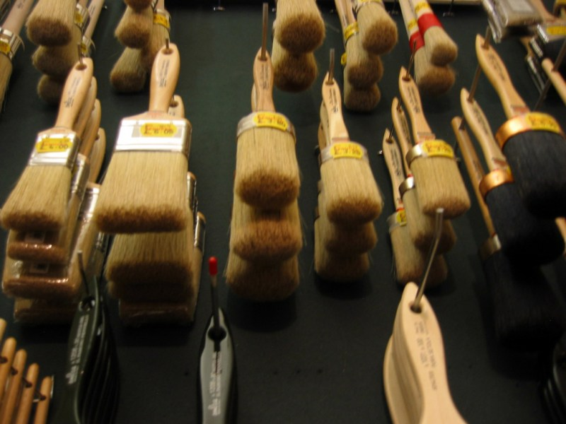 brushes at Cornelissen