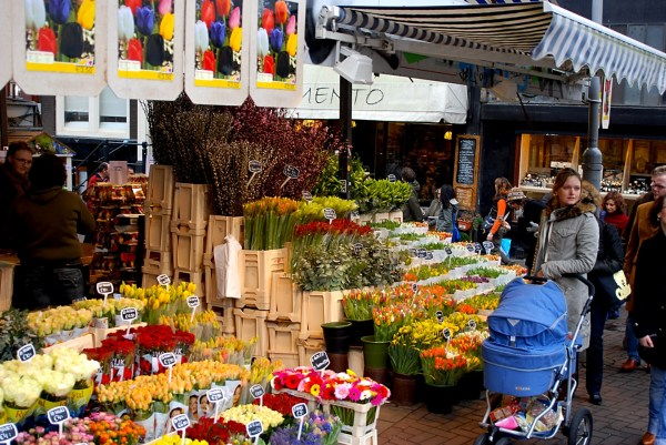 One day in Amsterdam, Bloemenmarkt