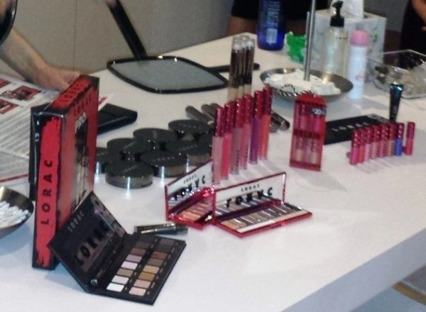 Are You Lucky Enough to Get A LORAC Rockin' Red Holiday?  @LORAC_Cosmetics  #holiday