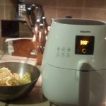 philips actifryer getting ready to cook waffle fries