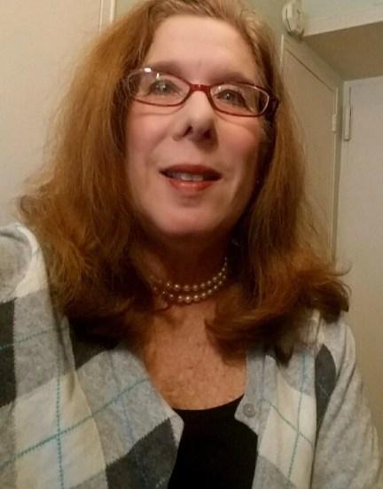 Women's Cashmere Argyle Cardigan Item #463988A7X