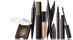 Laura Mercier EyeConics Collection Simply Smoulders