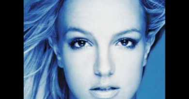 Britney Spears – Breathe On Me