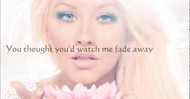 Christina Aguilera – Army Of Me