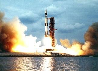 NASA Saturn V Picture