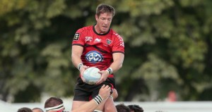 Bakkies-Botha-coming-down-from-a-lineout_2826836