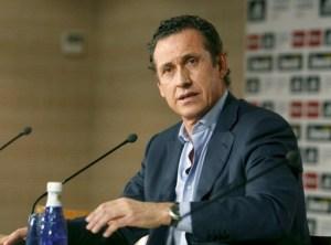 Football : Jorge Valdano ( Directeur Sportif ) est licencie du Real de Madrid - Conference de presse - 25.05.2011 -