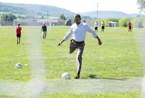 obama-soccer
