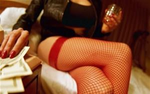 prostituée_faux_billets