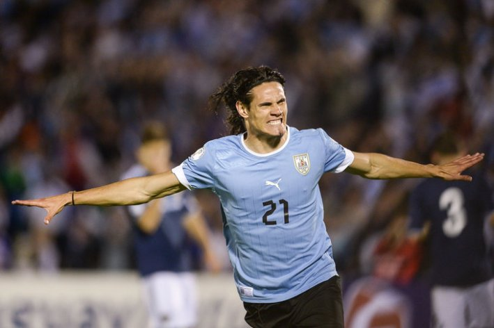 Uruguay v Argentina - FIFA World Cup 2014 Qualifiers