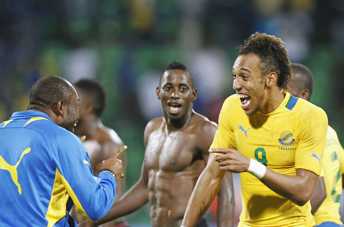 Gabon joie seconde mitemps
