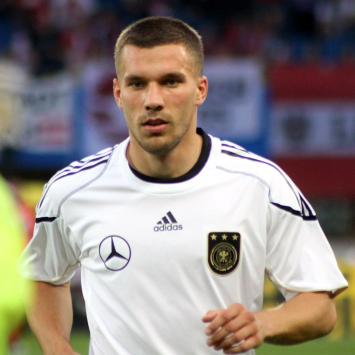 Lukas_Podolski,_Germany_national_football_team_(04)