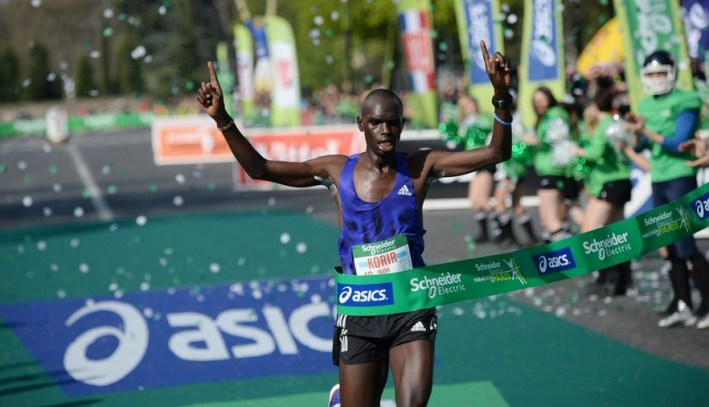 mark korir vainqueur du marathon de paris 2015