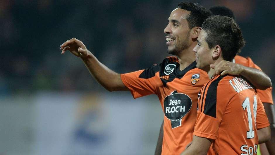 Mesloub prolonge à Lorient — Transferts