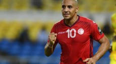 Tunisia's midfielder Wahbi Khazri celebrates after scoring his team's fourth goal during the 2017 Africa Cup of Nations group A football match between Zimbabwe and Tunisia at the Stade de l'Amitie Sino-Gabonaise in Libreville on January 23, 2017. / AFP PHOTO / GABRIEL BOUYS