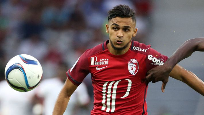 LILLE - AUGUST 7: Sofiane Boufal of Lille and Blaise Matuidi of PSG in action during the French Ligue 1 match between Lille OSC (LOSC) and Paris Saint-Germain (PSG) at Grand Stade Pierre Mauroy on August 7, 2015 in Lille, France. (Photo by Jean Catuffe/Getty Images)