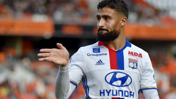 Lyon's French midfielder Nabil Fekir reacts during the French L1 football match Lorient vs Lyon, at the Mostoir stadium in Lorient, western France, on September 24, 2016. / AFP PHOTO / LOIC VENANCE