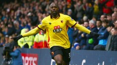 WATFORD, ENGLAND - DECEMBER 10:  Stefano Okaka of Watford (R) celebrates as he scores their first and equalising goal during the Premier League match between Watford and Everton at Vicarage Road on December 10, 2016 in Watford, England.  (Photo by Jordan Mansfield/Getty Images)