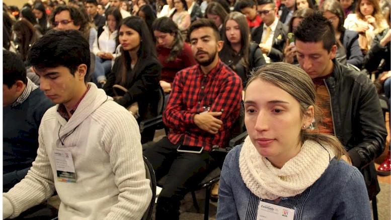 Jóvenes que creen empresa serán exentos de matrícula mercantil
