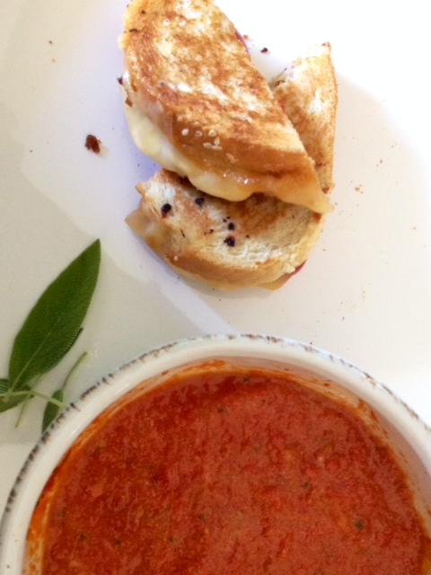 Roasted Tomato Soup and Bacon-Tomato Grilled Cheese #SundaySupper