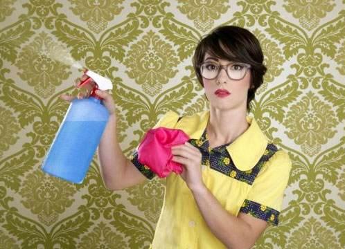 إليك سيدتي نصائح في تنظيف ورق الجدران