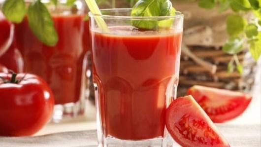عصير الطماطم تعرف على فوائدة الخيالية
